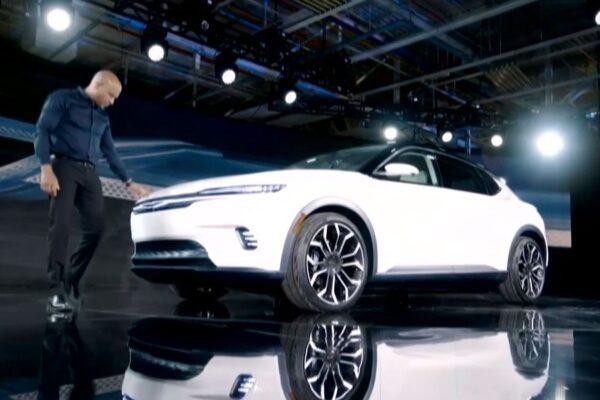 Ηλεκτρικό comeback της Chrysler - NewsAuto.gr