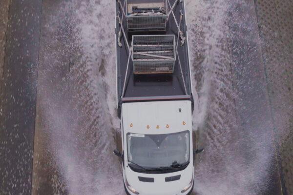 Τo ηλεκτρικό Ford E-Transit έχει περάσει δια πυρός και σιδήρου - NewsAuto.gr